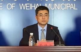 威海综合保税区管委会常务副主任  姜进军